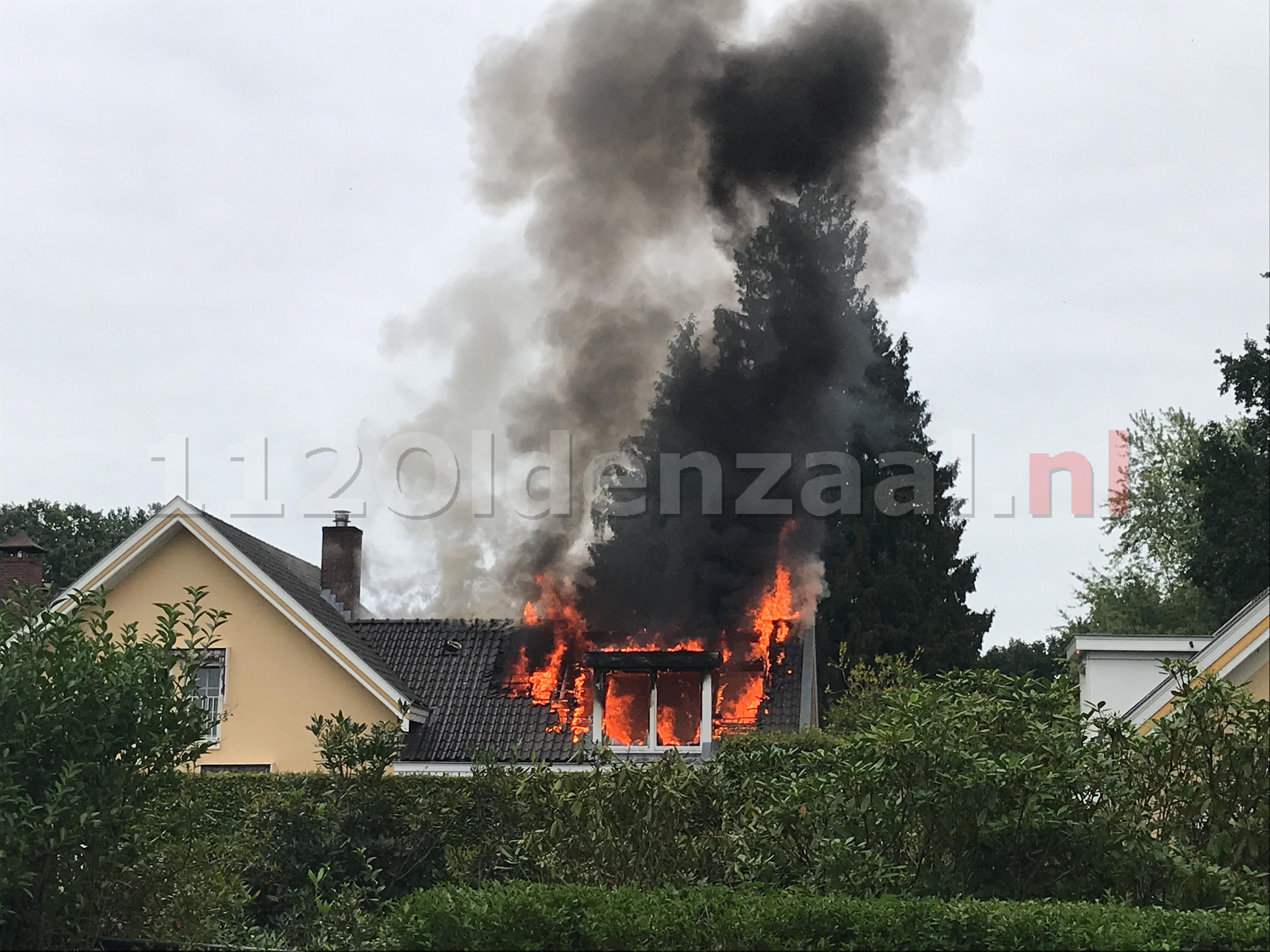 Foto 2: Uitslaande woningbrand Oldenzaal