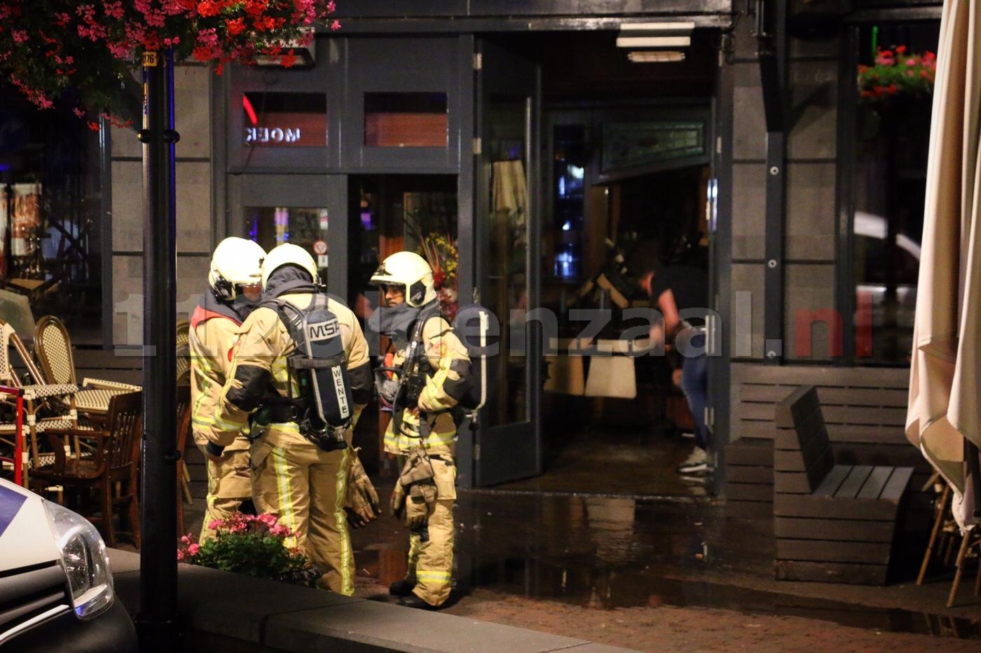 Wateroverlast door sprinklerinstallatie bij lunch-diner-café De Tijd in centrum Oldenzaal