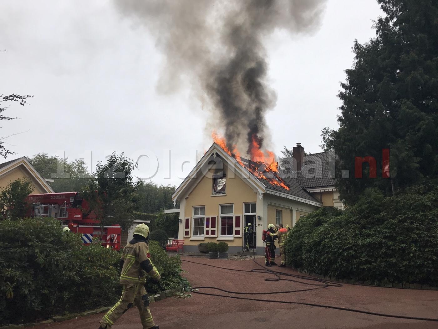 Uitslaande woningbrand Oldenzaal