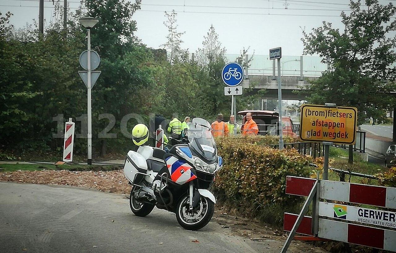 Fietsster gewond naar het ziekenhuis na val op fietspad in Oldenzaal