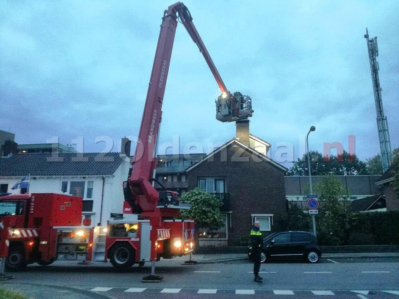 UPDATE: Brandweer rukt uit voor schoorsteenbrand aan Tulpstraat Oldenzaal