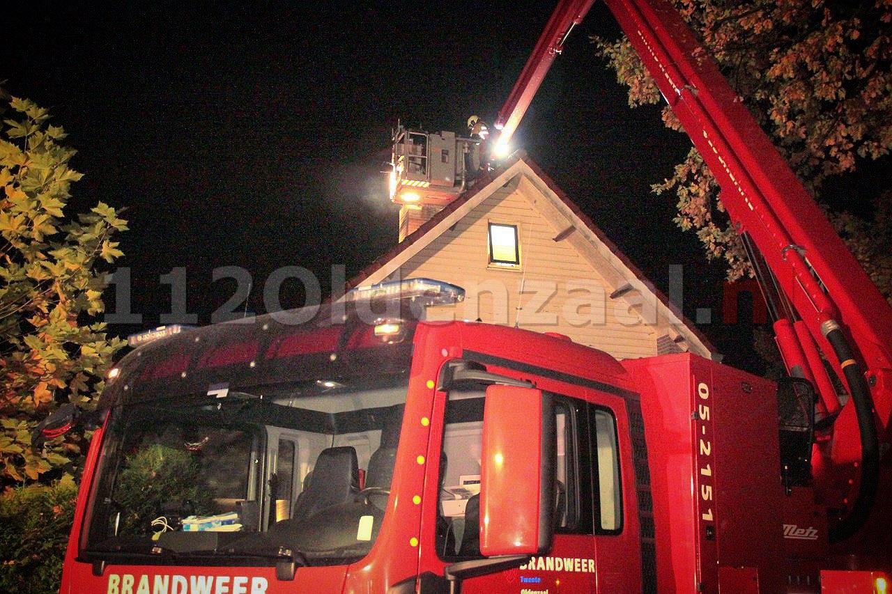 Brandweer ruim drie uur bezig met schoorsteenbrand in Oldenzaal