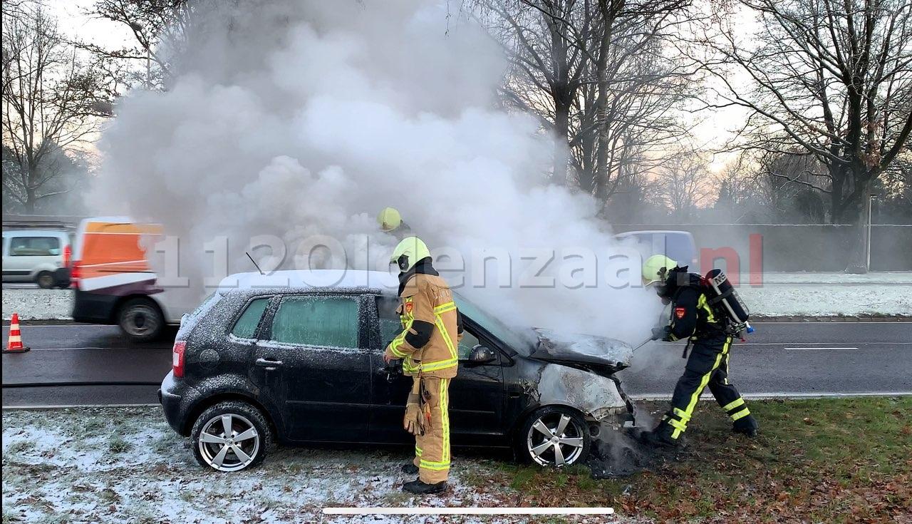 UPDATE: Auto volledig uitgebrand in Oldenzaal