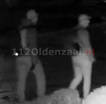 Reeks inbraken personenauto's; verdachten vastgelegd op bewakingsbeelden in Oldenzaal