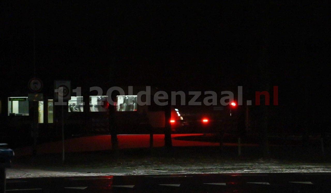 Video: Storing op overwegen tussen Oldenzaal en Hengelo voorbij
