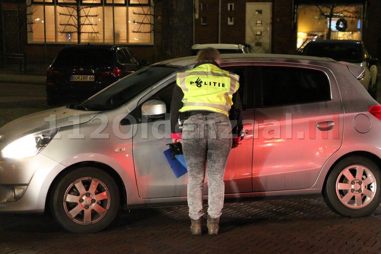 VIDEO: Groot passantenonderzoek door politie naar poging ontvoering Engelbertinklaan in Oldenzaal