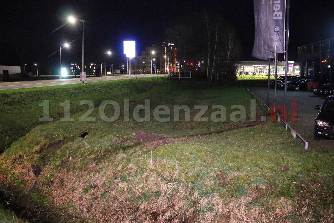 UPDATE (Getuigenoproep): Inbrekers vliegen uit de bocht met gestolen auto in Oldenzaal