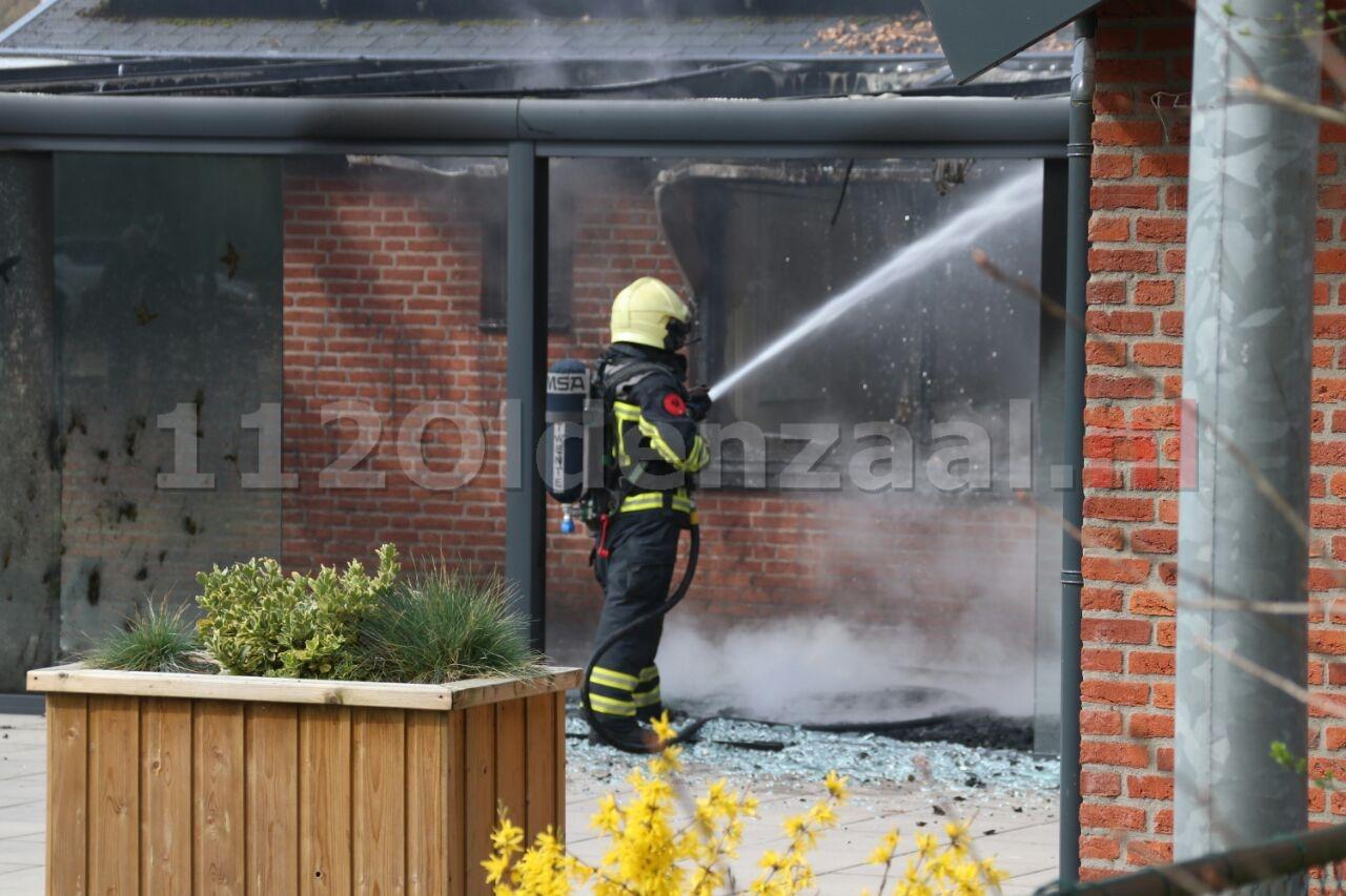 Brand bij clubgebouw Oldenzaal vermoedelijk aangestoken; Politie zoekt getuigen