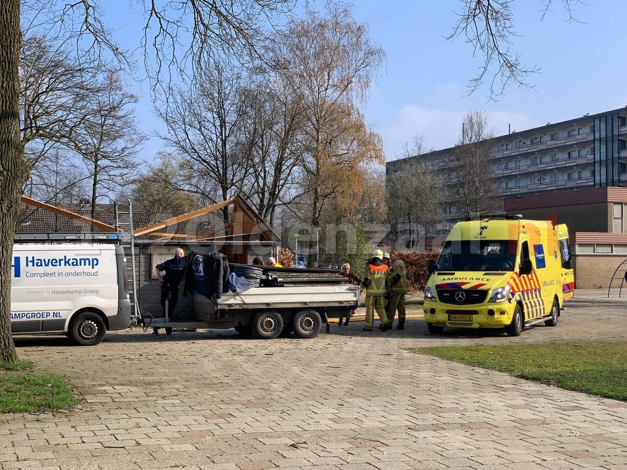 Foto 2: Persoon naar het ziekenhuis na ongeval tijdens werkzaamheden