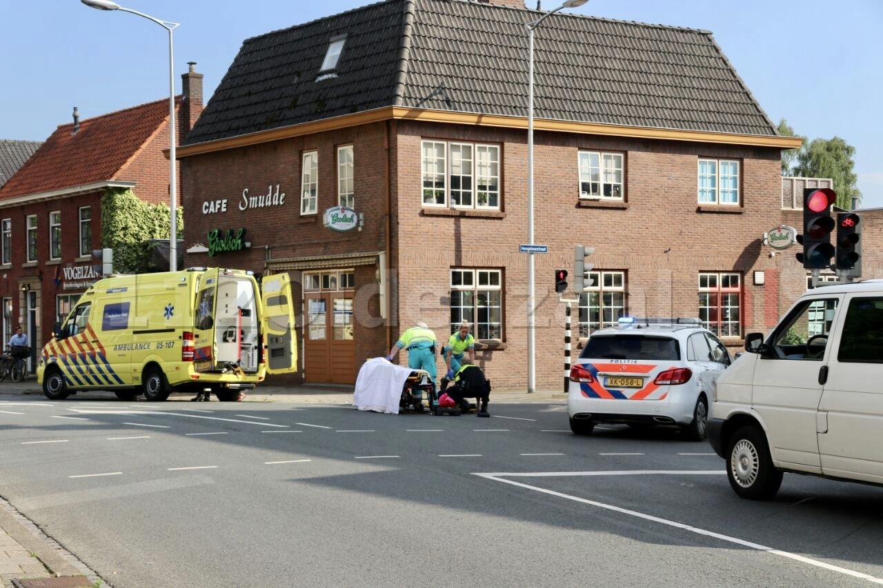 Vrouw gewond naar het ziekenhuis na ongeval in Oldenzaal