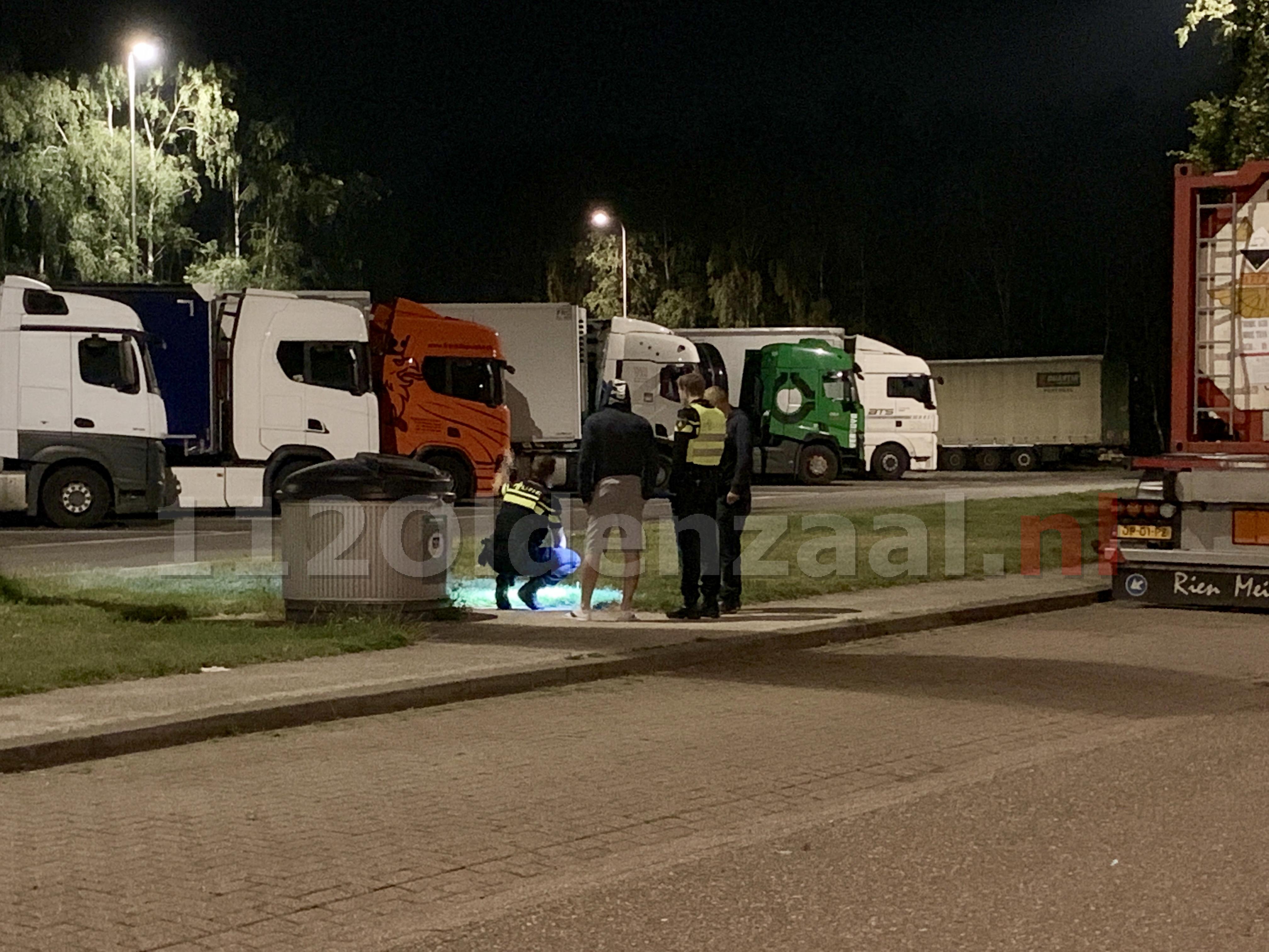 VIDEO: Inzittenden busje overvallen op parkeerplaats langs A1 tussen Oldenzaal en Hengelo