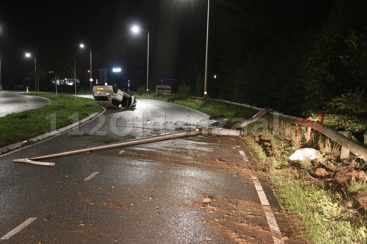 Update (foto): Ravage na ongeval in Oldenzaal