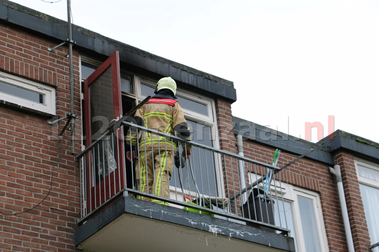 UPDATE (foto's): Keuken in woning Oldenzaal volledig uitgebrand