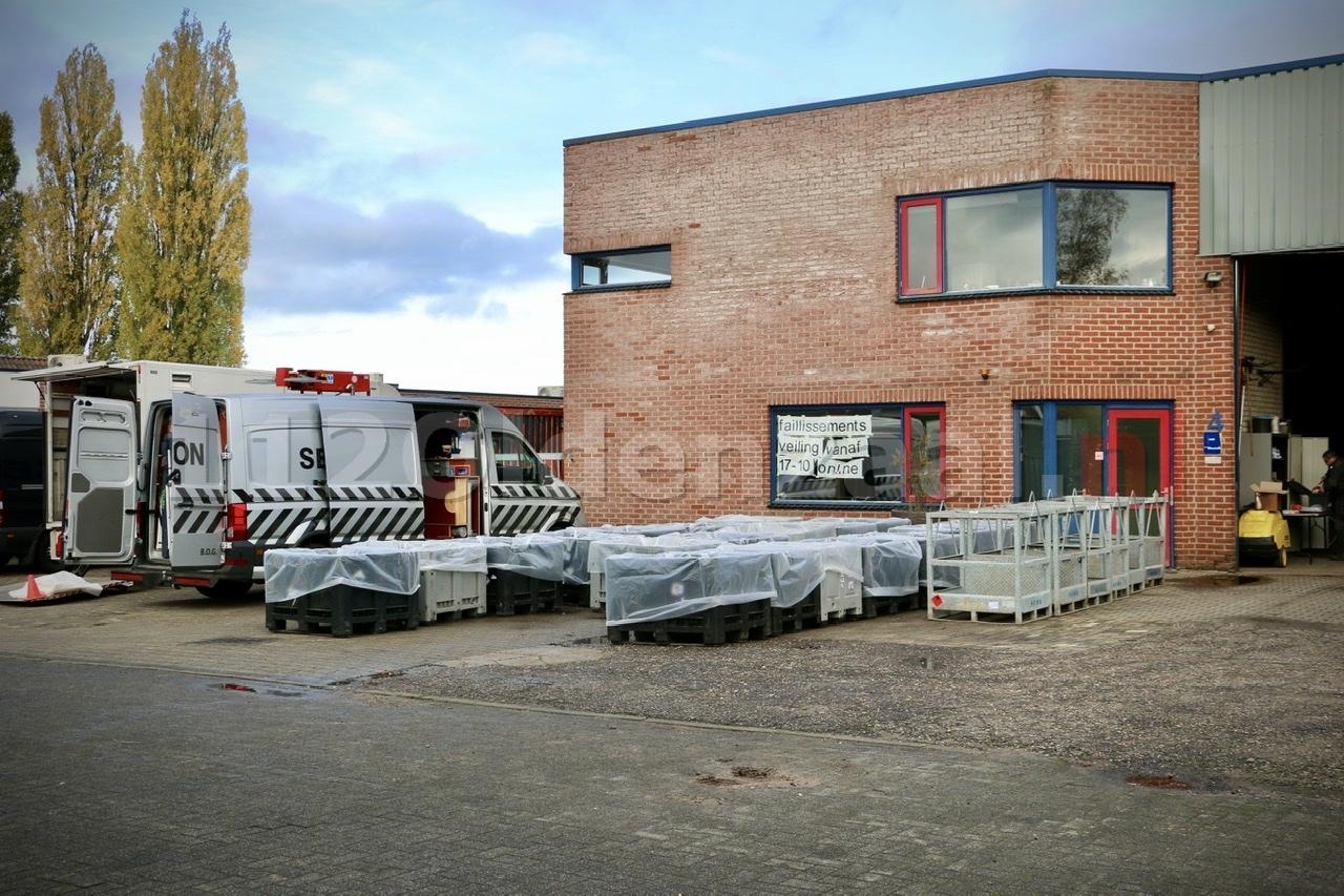 Update: Specialistisch bedrijf start werkzaamheden bij bedrijf aan Kleibultweg in Oldenzaal
