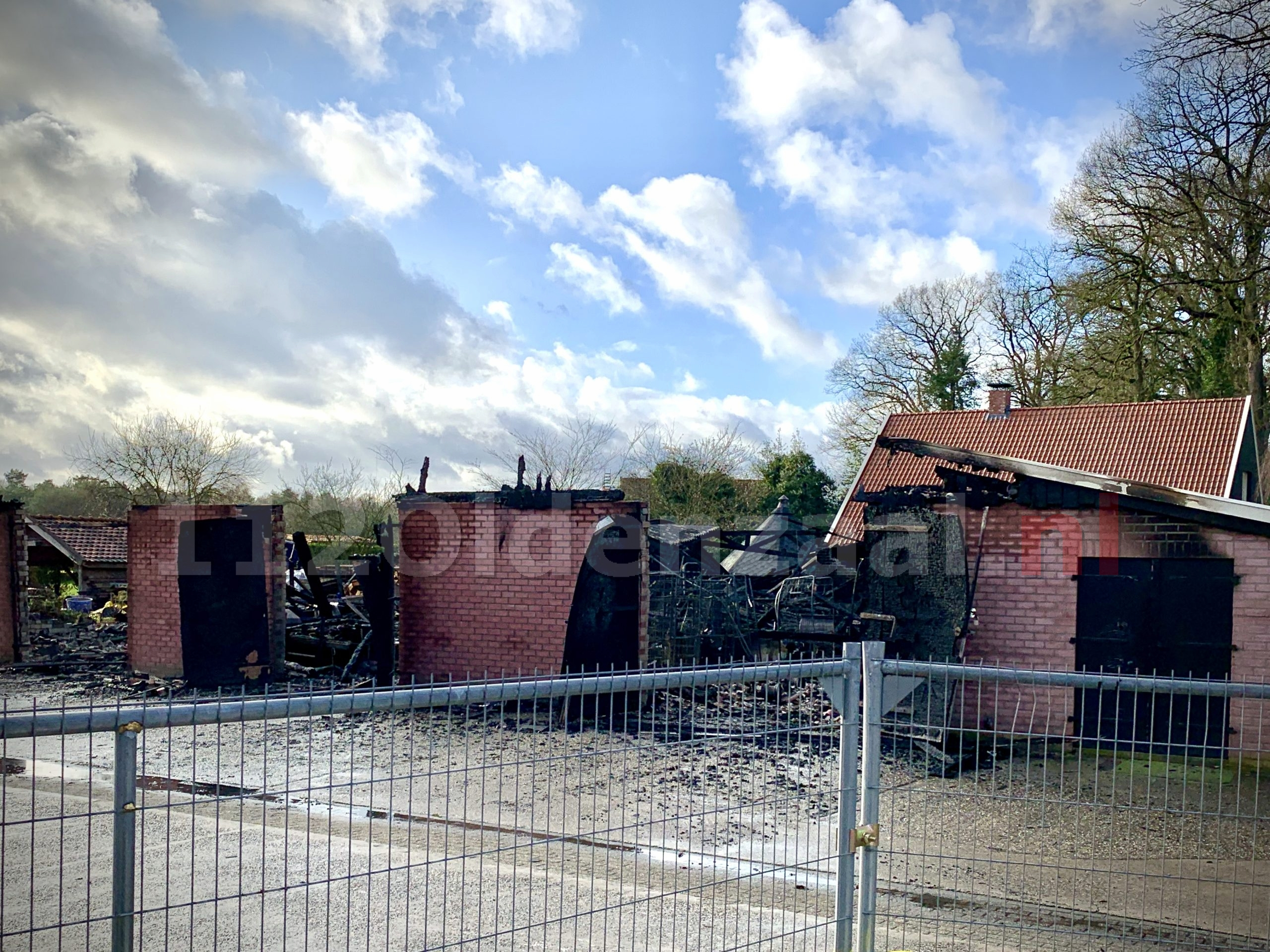 Video: Ravage na grote brand in Losser