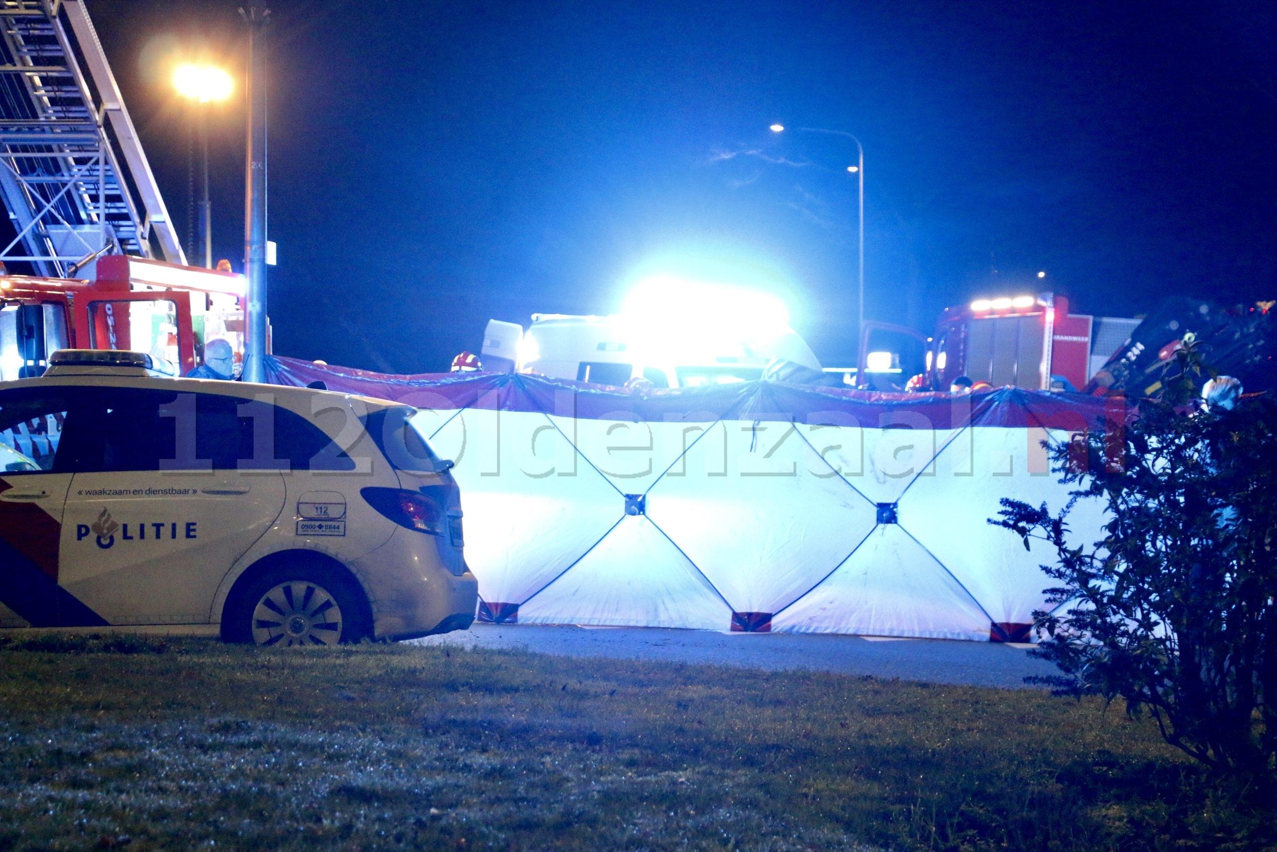 Dodelijk ongeval in Reutum; jongen komt om bij ongeval met trekker