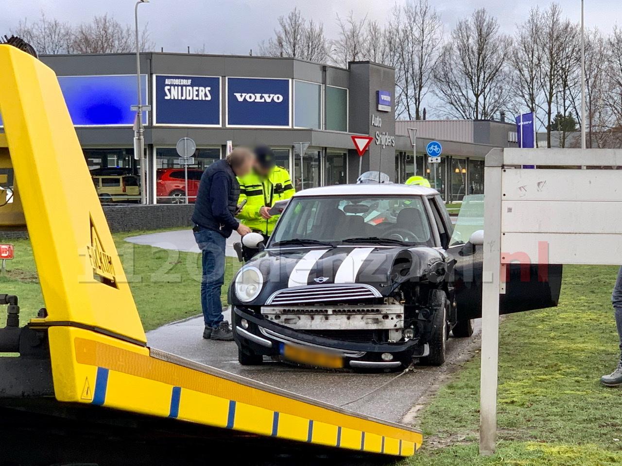 Auto afgesleept na ongeval in Oldenzaal