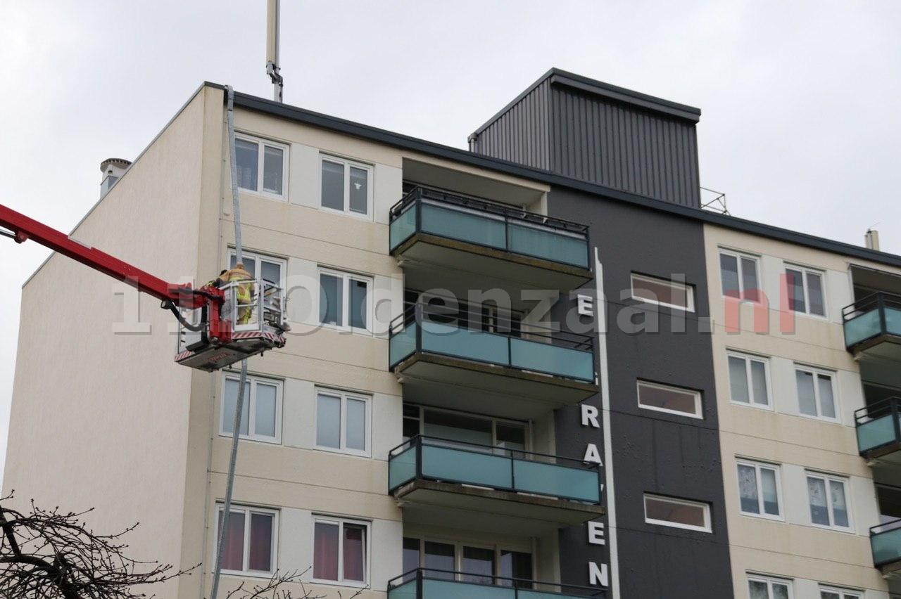 Stormschade aan flat in Oldenzaal; vandaag opnieuw zware windstoten