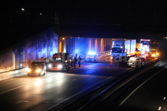 UPDATE (video): Snelweg A1 Duitsland richting Oldenzaal dicht door ongeval