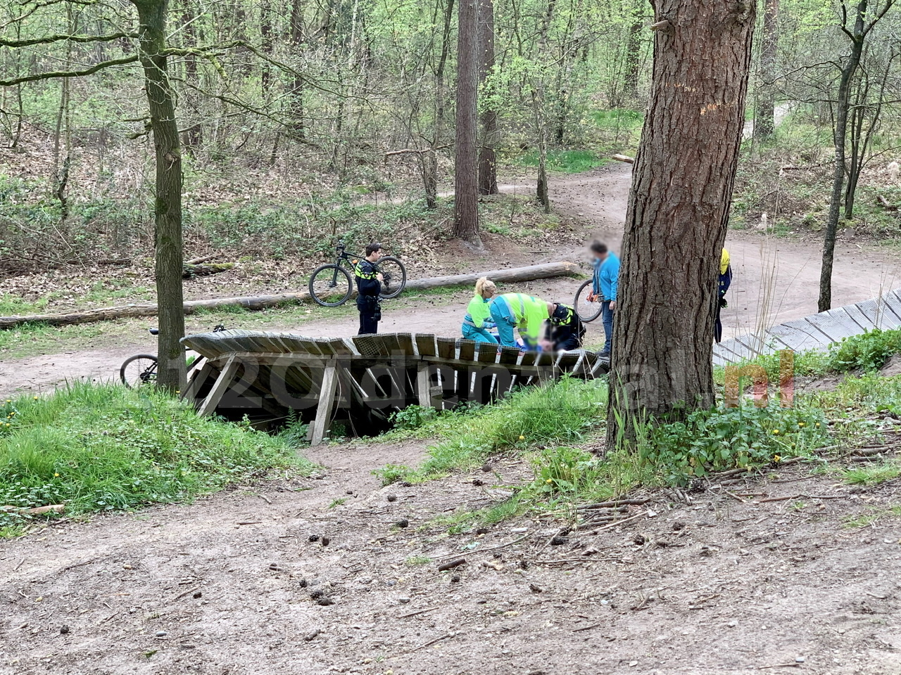 Mountainbiker gewond bij ongeval op Hulsbeek