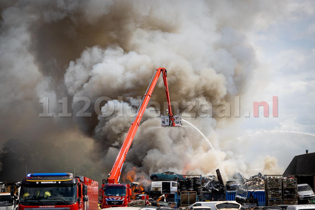 Brand De Lutte: Sein brand meester gegeven; Nablussen zal uren in beslag nemen