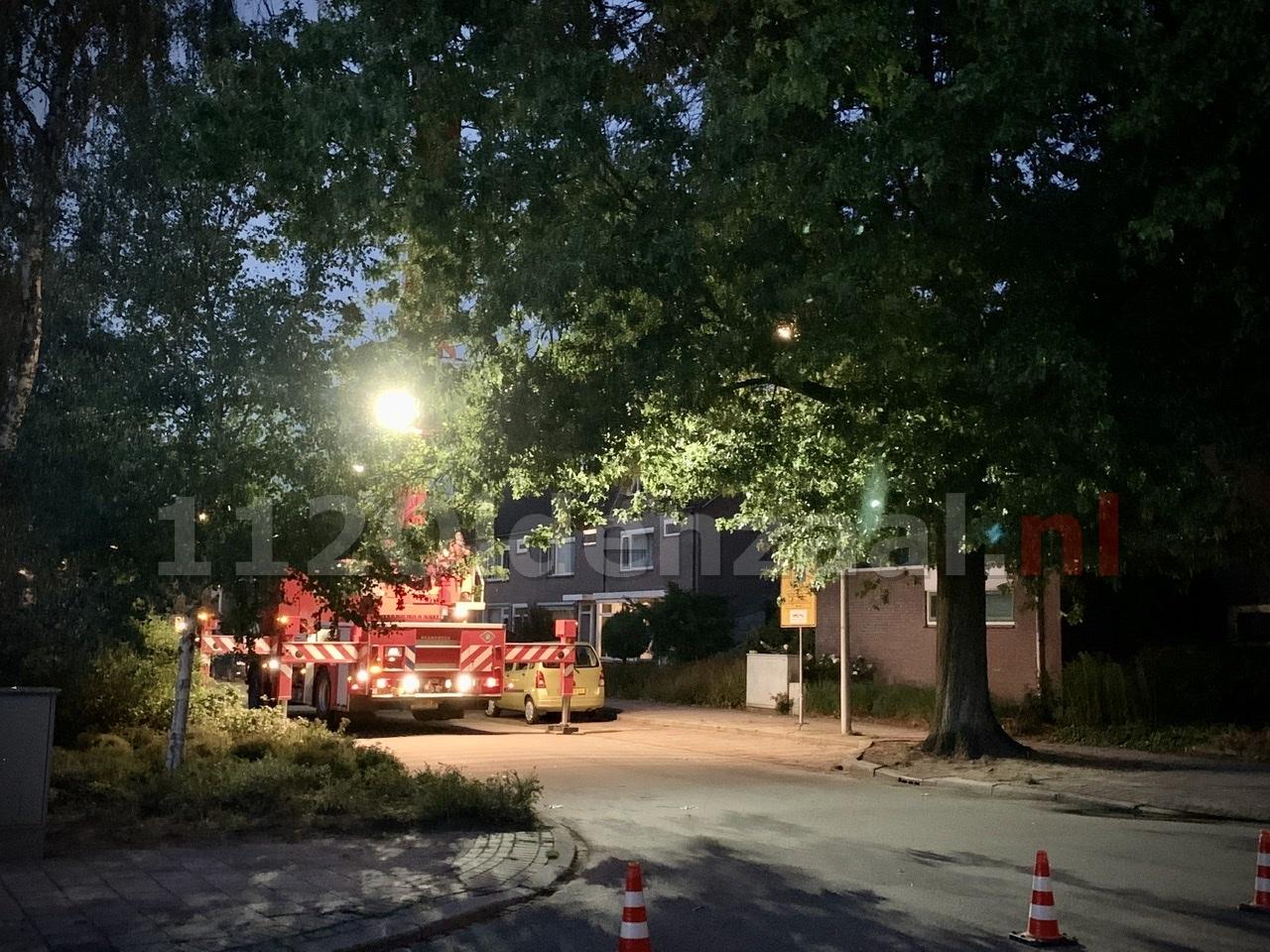 Brandweer rukt uit voor loshangende tak in Oldenzaal