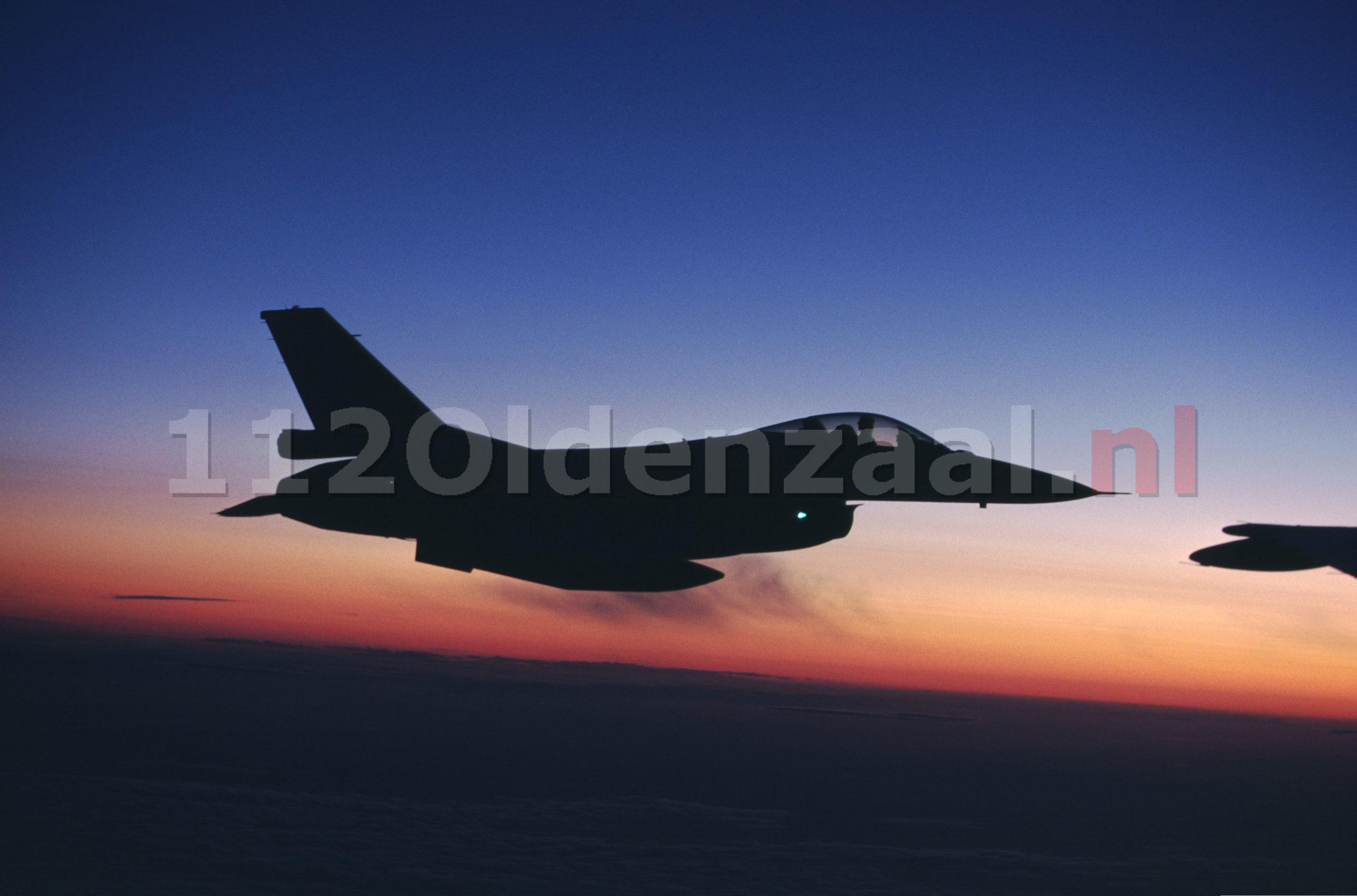 F-16's oefenen boven Oost-Nederland