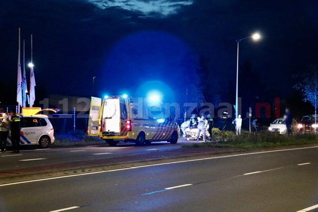 Fietser met spoed naar het ziekenhuis na ongeval met auto in Oldenzaal