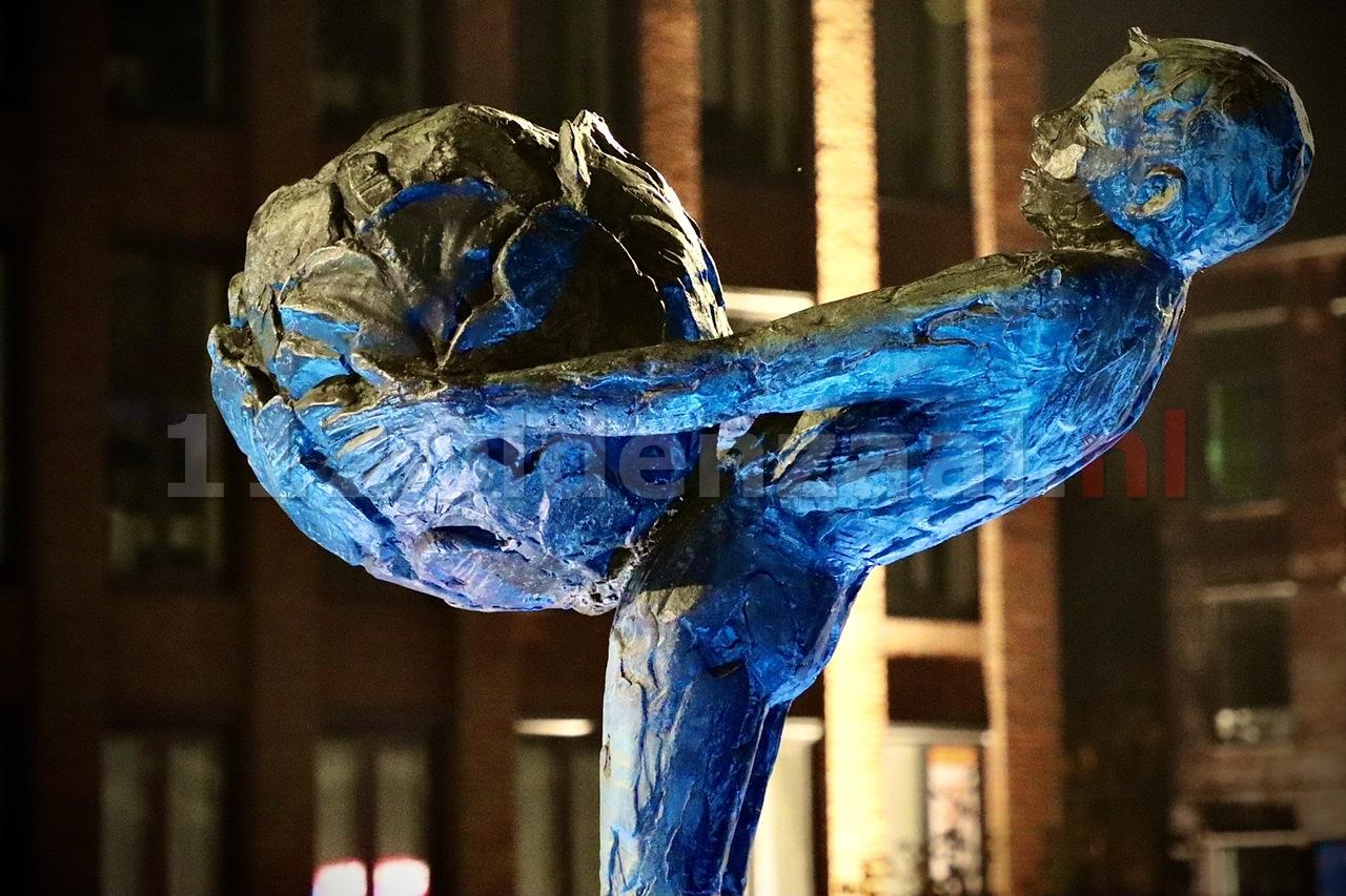 Oldenzaal viert 75 jaar VN met 'blauwe' objecten