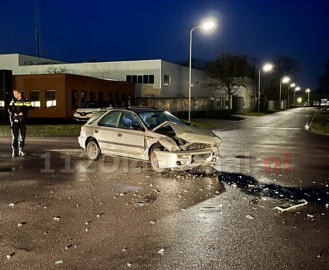 Twee voertuigen total loss bij ongeval op industrieterrein Oldenzaal