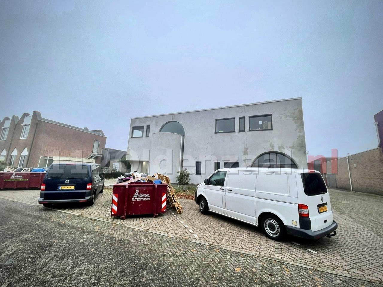 UPDATE: Lichaam aangetroffen in pand Oldenzaal: politie doet onderzoek