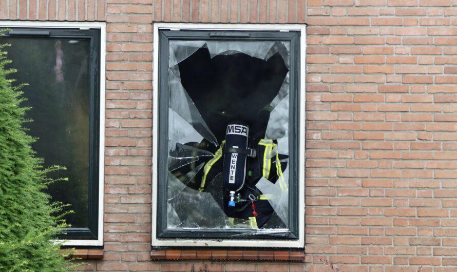 UPDATE (VIDEO): Forse schade na brand in woning Oldenzaal; brandweer gaat onderzoek doen naar de oorzaak