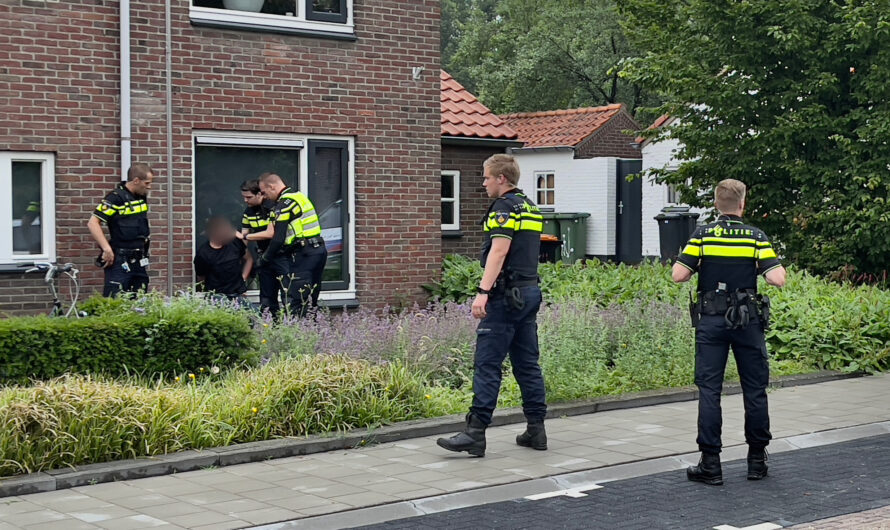 VIDEO: Aanhouding bij melding steekincident in Oldenzaal